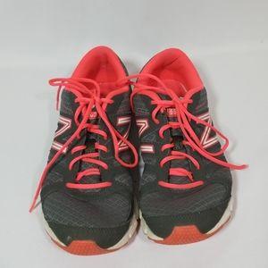 New Balance tennis shoes Size 8 1/2